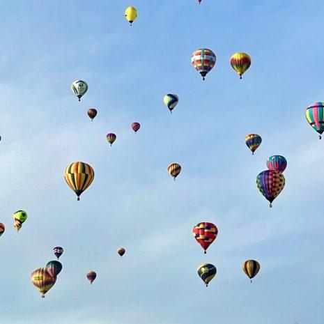 a-beautiful-day-at-the-albuquerque-balloon-fiesta-5NANG3B
